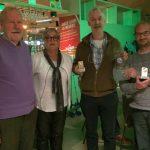 Vlnr: Jos Peij, Lilian van Gorp en 1e prijs-winnaars Frits de Charro en Rien Wouters