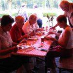 Vlnr: Marie-Louise van Sprang, Annie Hollants, Jacqueline Smits, Ton Klomp (†), Hanny Klomp